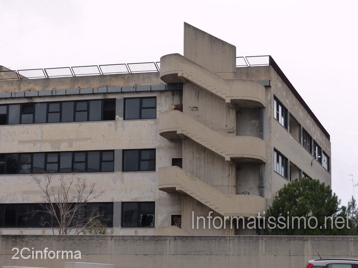 Palazzo_Laforgia_ex_scuola_media