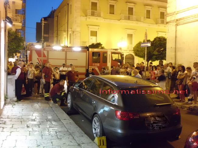 Pompieri_salvataggio_gattino5