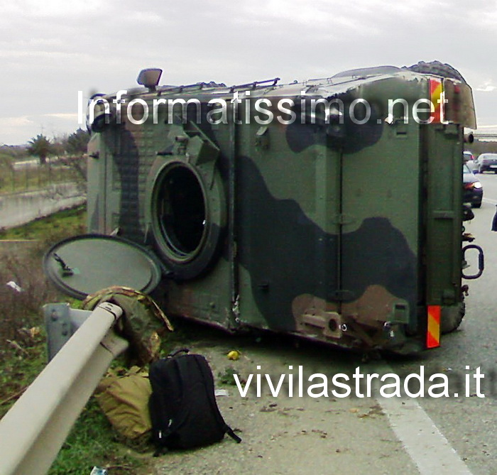 SS_100_Blindato_di_ribalta_2