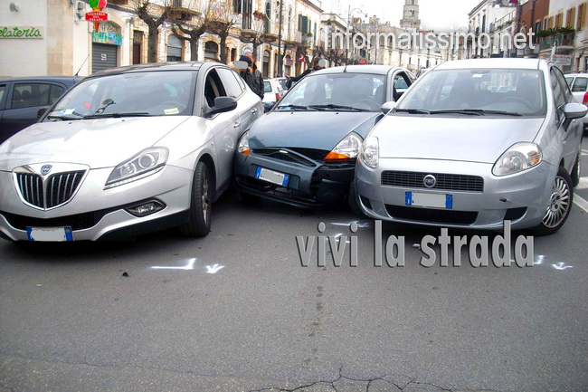 Scontro_a_tre_Porta_Nuova2