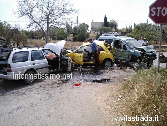 Scontro_a_tre_Via_Castellana_3