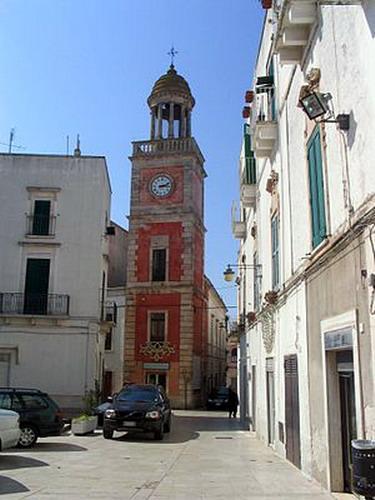 Torre_dellOrologio_-_Noci