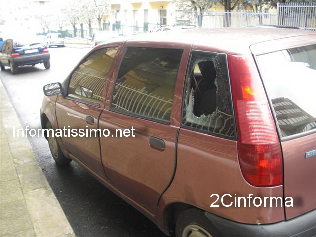 foto2cinforma__-_attentato_auto_b