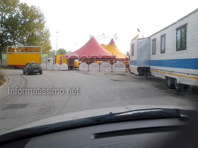 Circo_nella_Zona_Industriale2