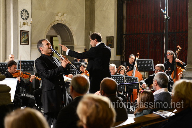 Concorso_Internaz_Clarinetto_Noci_Symphonic_Orchestra_of_Bari_Marcello_Rota_conductor_Antonio_Tinelli_clarinet_soloist