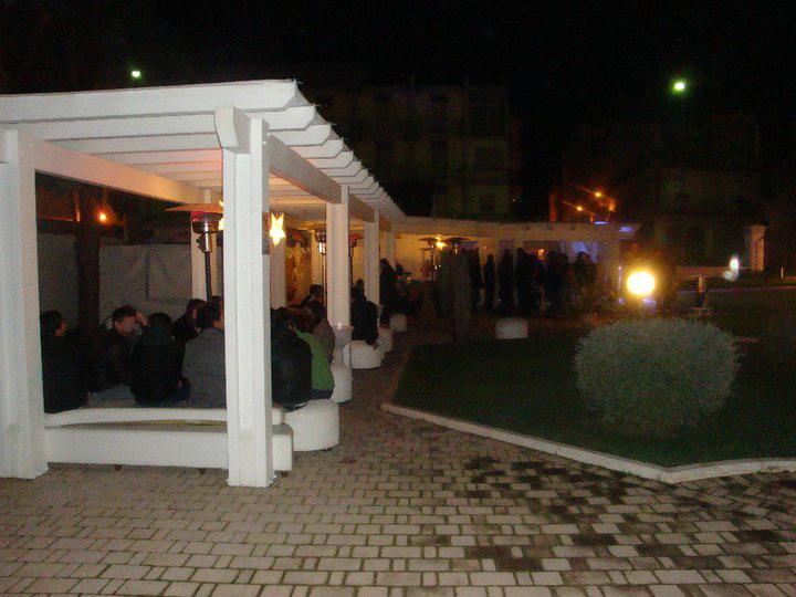 Putignano_locali_allaperto_di_notte
