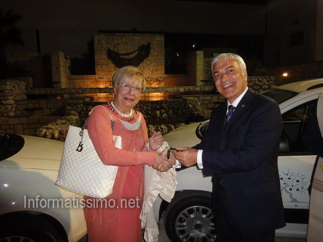 Rotary_donazione_AMO_Puglia2