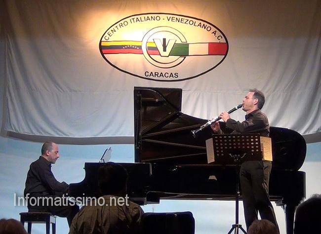 Tinelli_Concerto_al_Centro_Italiano-Venezolano