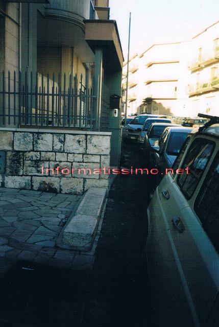 Via_noci_senza_marciapiede_2_low