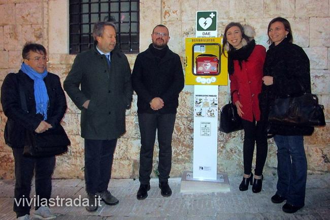 Defibrillatori_a_Putignano