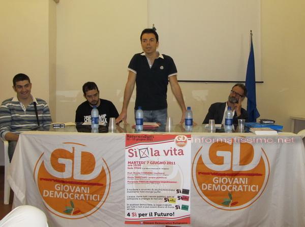 Giovani_PD_pro_referendum_low