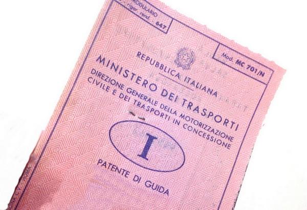 Patente_di_guida_vecchio_tipo