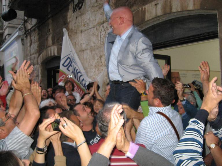 De Miccolis vittoria sindaco putignano confermato